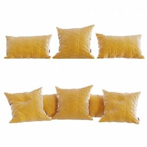 Decorative Pillows Set