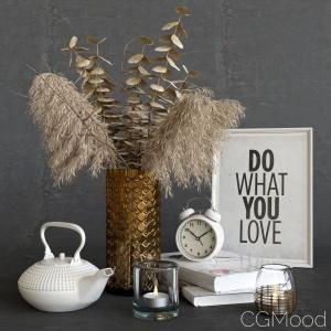 Decorative Set With Dry Plants. Light Decor.