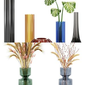 2 Vases by Bouquet