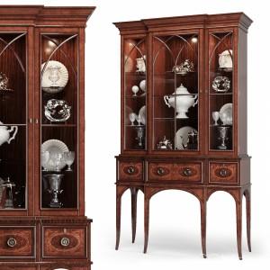 Century - Wellington Cabinet 30h-423