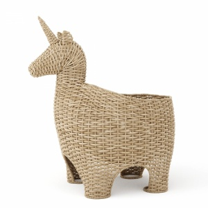 Wicker basket unicorn